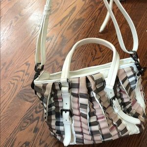 Burberry vintage bag